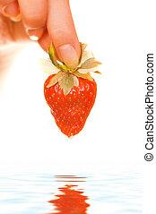 婦女的手, 由于, a, 新鮮, 多汁, 草莓