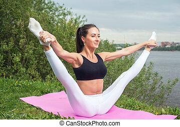 婦女藏品, 腿, 測驗, 伸展, 向上, 靈活性, 體操, 有氧運動, 鍛煉, outdoors., 腿, 變暖和,...