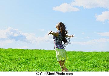 婦女, 上, 夏天, 綠色的領域, 感受, 自由