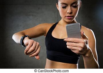 婦女, 由于, 心率, 觀看, 以及, smartphone, 在, 體操