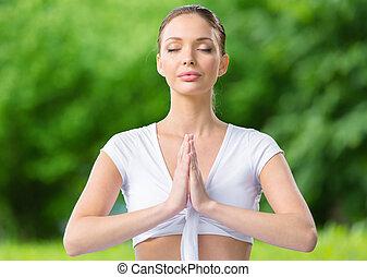 婦女, 由于, 眼睛關閉, 禱告, 手勢
