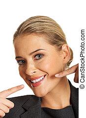 婦女, 顯示, 她, 完美, 白色的牙齒