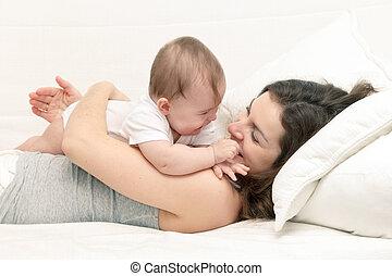婴儿, 妈妈