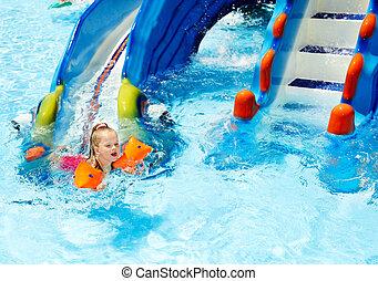 子供, ∥で∥, 腕章, 中に, 水泳, pool.