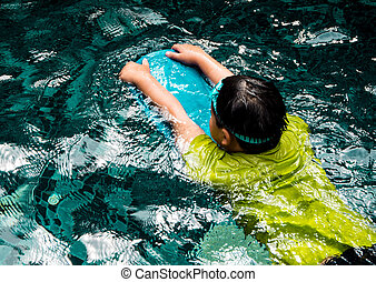 子供, ∥で∥, kickboards, 水泳, 中に, ∥, プール