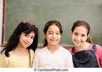 子供, ∥において∥, 学校, 教室