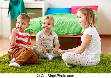 子供, グループ, 床, モデル, 家, 幸せ