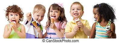 子供, グループ, 隔離された, 氷, 食べること, 白, クリーム