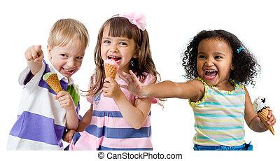 子供, グループ, 隔離された, 氷, 食べること, 白, クリーム, 幸せ