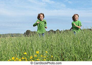 子供, フィットしなさい, 健康, フィールド, 動くこと, によって