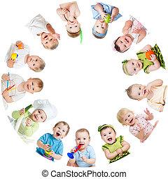 子供, 取り決められた, 子供, 赤ん坊, グループ, 円, 微笑