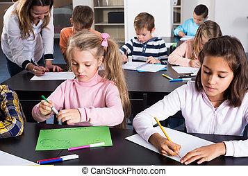 子供, 微笑, 教室, 図画, 基本的な 年齢