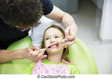 子供, 患者, 上に, 彼女, レギュラー, 歯医者の, 健康診断