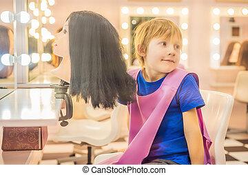 子供, 日, hairstylist, 美しさ, プレーしなさい, 選択, 仕事, 美容師, 男の子, hairdressing, 理髪師, 大広間, 美容師, 専門職