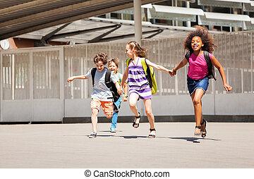 学校, 後動かしなさい, 一緒に, 仲間, クラス, 幸せ