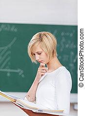 学生, ∥で∥, 中国語を回しなさい, 読書, メモ, 中に, つなぎ