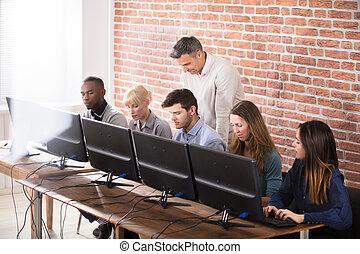 学生, ∥で∥, 教師, 中に, コンピュータ, 学校, 教室