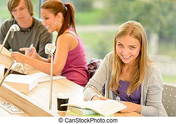 学生, メモをとる, 中に, 勉強しなさい, 部屋