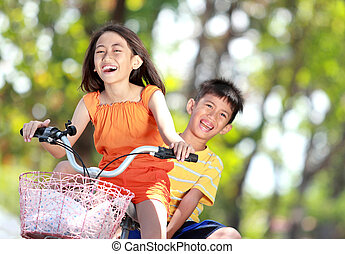 孩子, 摆脱自行车, 一起