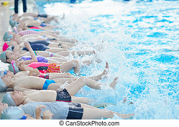 孩子, 組, 在, 游泳池