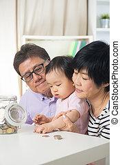 孫, お金, 財政, 屋内, セービング, ライフスタイル, home., 概念, 祖父母, 家族, 暮らし, アジア人