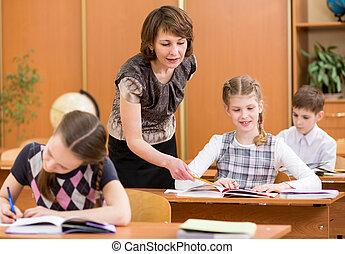 學校孩子, 工作, process., 老師, 控制, 學習, lesson.