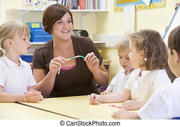 學童, 以及, 他們, 老師, 在, a, 主要, 類別