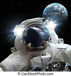 宇宙飛行士, 外宇宙