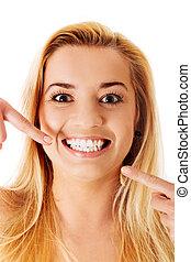 完美, 婦女, 她, 顯示, 白色, 直接, 牙齒