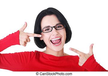 完美, 婦女, 她, 顯示, 白色, 直接, teeth.