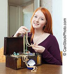 宝石類, 宝物 箱, 顔つき, 女の子, ティーネージャー