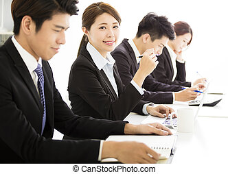 実業家のグループ, 持つこと, ミーティング, 一緒に