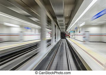 実質, トンネル, 高いスピード