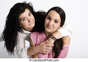 実質, 母 と 娘