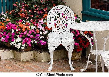 家具, 庭