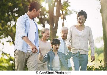 家庭, 亚洲人, 走, 三代, 公园