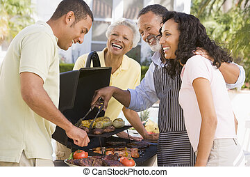 家庭, 享用, a, barbeque