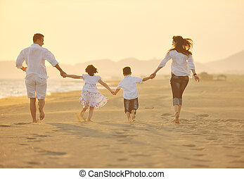 家庭, 年轻, 日落, 有乐趣, 海滩, 开心