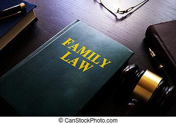家庭, 法律, 上, a, 桌子。