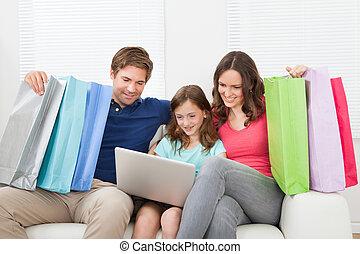 家庭, ......的, 由于, 購物袋, 使用便攜式計算机