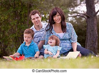 家庭, 閱讀, 在公園