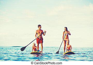 家族の 楽しみ, 立ち上がりなさい, かいで漕ぐ