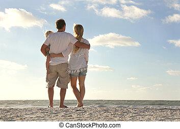 家族休暇, 海洋, 見る, 浜, 幸せ
