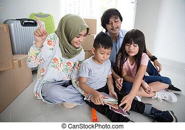 家族, ペンキ, 色, 家, ∥(彼・それ)ら∥, 選択, 新しい