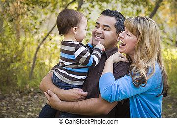 家族, 公園, レース, 民族, 混ぜられた, 遊び, 幸せ