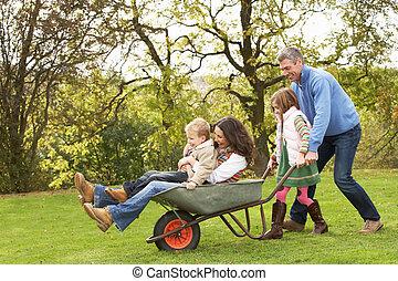 家族, 寄付, 乗車, 母, 一輪手押し車, 子供, 人
