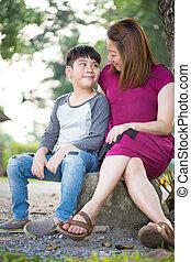 家族, 彼女, 公園, 息子, アジア人, 幸せ