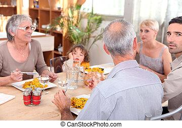 家族, 持つこと, 一緒に, 食事