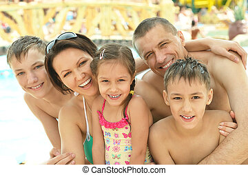 家族, 楽しい時を 過すこと, 近くに, プール