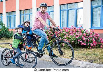 家族, 父, サイクリング, 自転車, 屋外で, 乗馬, 子供, 幸せ